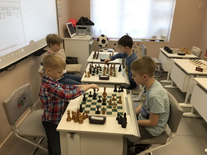 3 Этап Гран-При Рапид-Турниров шахматного клуба Chesskids.ru на призы развивающего центра LinguaWorld